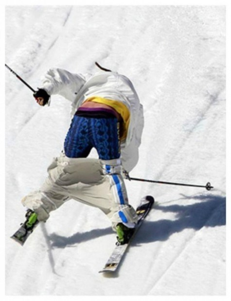 20-embarrassing-and-hilarious-sport-wardrobe-malfunctions-8